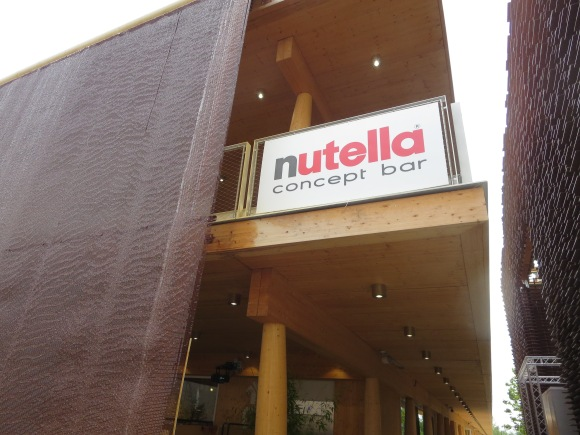 Nutella restaurant? Count me in.
