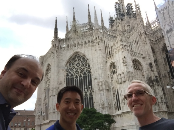 At the Duomo with Vladimir and Pat Doyle.  (Selfie photo credit: Vladimir Bulović)